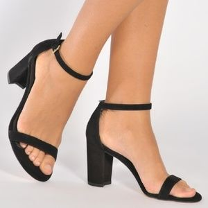 Stuart Weitzman NearlyNude Block Heel City Sandals